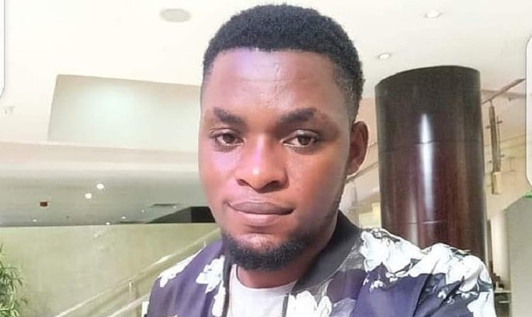 #Endsars: (Video) angry protesters nearly beat up Mark Angel, accused him of using them for comedy